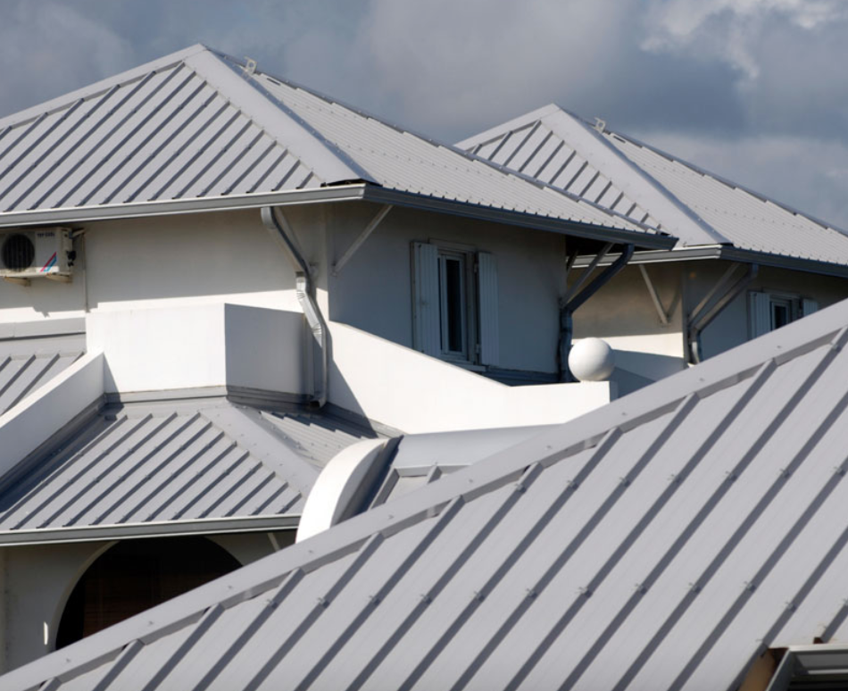 4 Ways to Prepare Your Roof For Hurricane Season