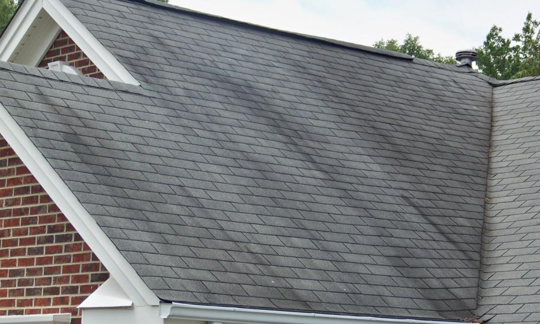 What Causes The Discoloration of Roof Shingles?